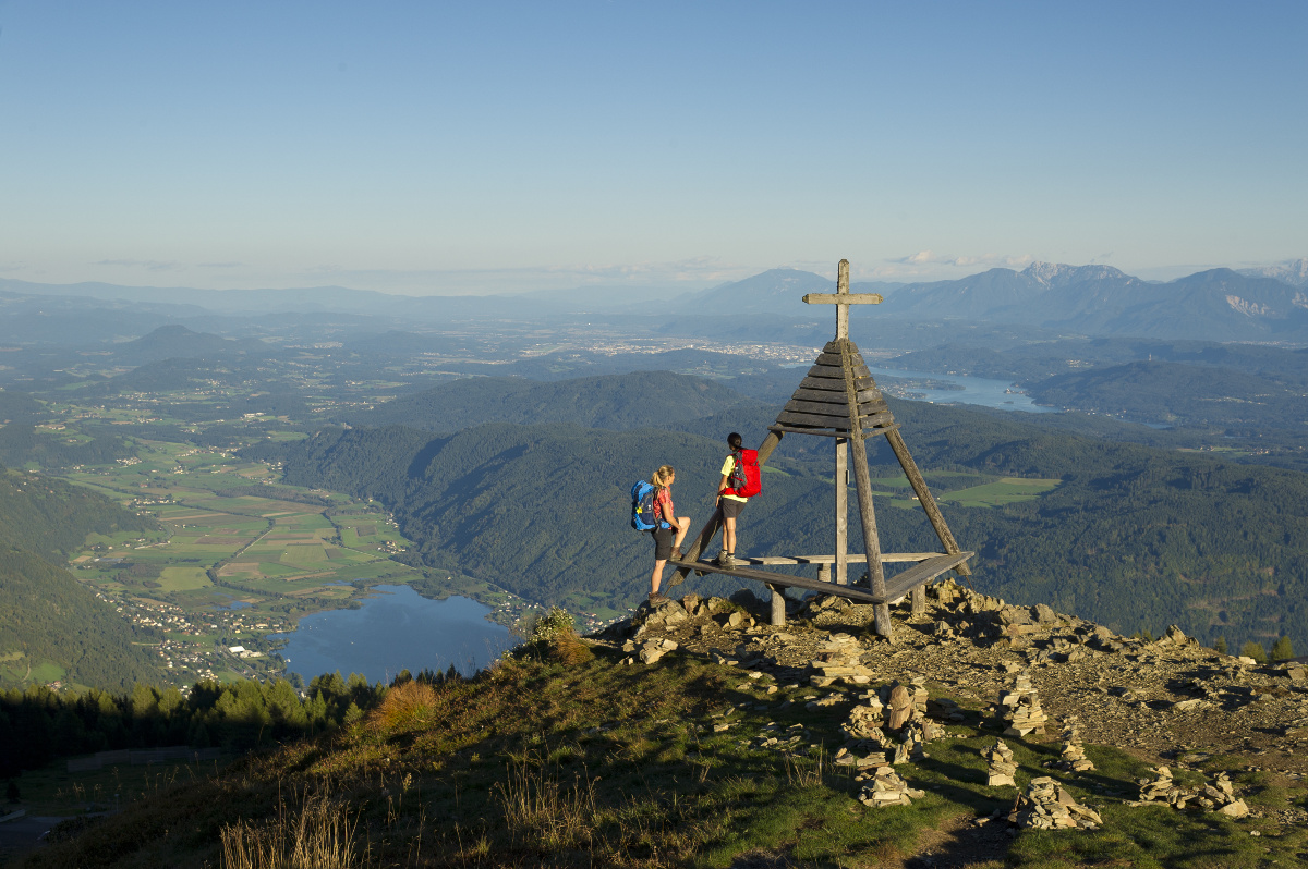 Wandern auf der Gerlitzen Alpe.